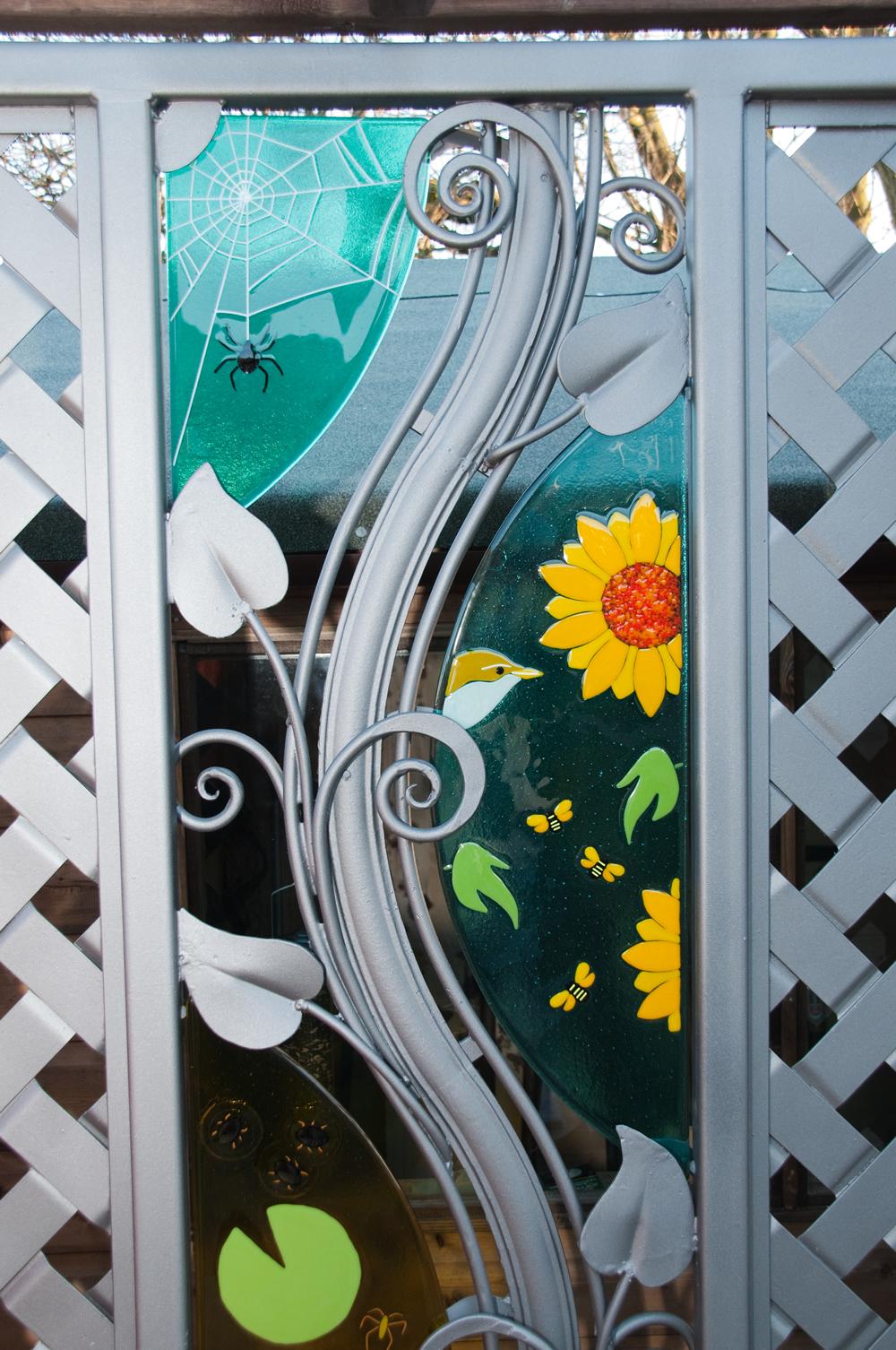 garden screen detail 3