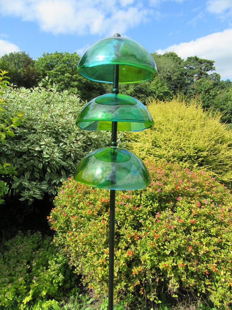 green reflective swirl